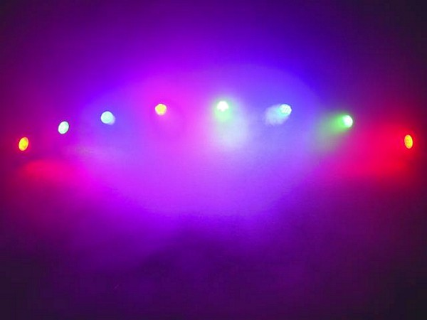 EUROLITE LED WMS-8 SPOT Set RBG, 8 spots, sound-controlled or DMX, 30 LEDs/spot, total LEDs 240, power 32W