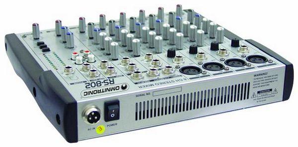 OMNITRONIC RS-802 Äänitysmikseri kotikäyttöön tai keikalle, neljä mikrofonikanavaa sekä 2kpl stereo kanavia linjaan.