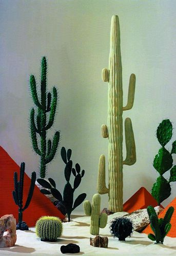 DECO POISTUNUT TUOTE...... 165cm Prickly Pear Cactus
