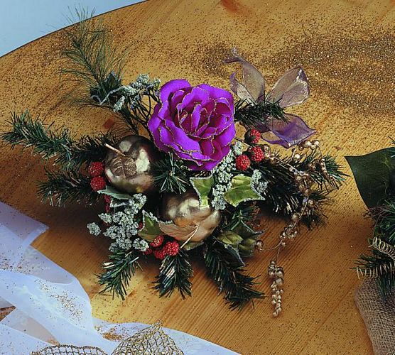 DECO Bouquet w.green purple, discoland.fi