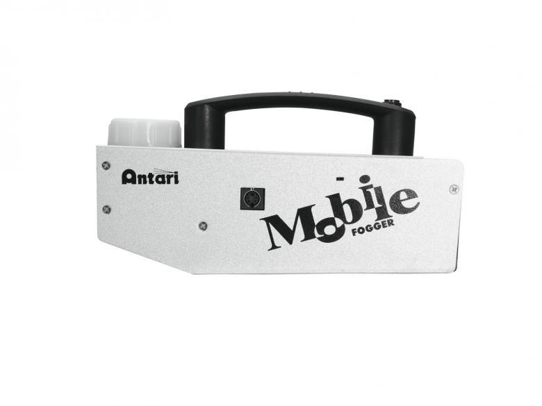 ANTARI M-1 Mobile Fogger akkukäyttöinen savukone, joka on erittäin pienikokoinen ladattava savukone.  Toimitetaan salkussa, jonne mahtuvat tarpeet mukaan. On erittäin näppärä ilmastointimiehille,  jotka tarkistavat läpivirtauksia, valokuvaajille tai kelle vain joka tarvitsee konetta, kun sähköä ei tarjolla. Koneen mitat  227 x 66 x 81 mm sekä paino 2.7kg. Säiliön koko 1.1dl, ulostulo savulle noin 2,5m.