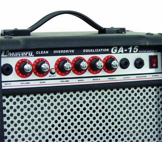 DIMAVERY GA-15 Kitaravahvistin Combo 15W soveltuu loistavasti musiikkiuraansa aloittelevalle sähkökitaran soittajalle. Combossa on 6