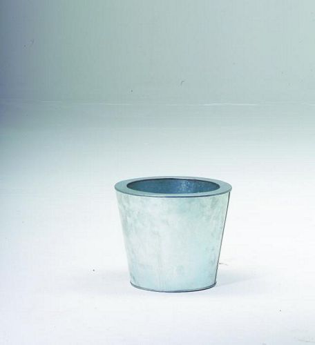 DECO Sinkkinen ruukku 25cm, väri sinkki. Flowerpot Zinc. Classical cachepot series, applicable for almost every project