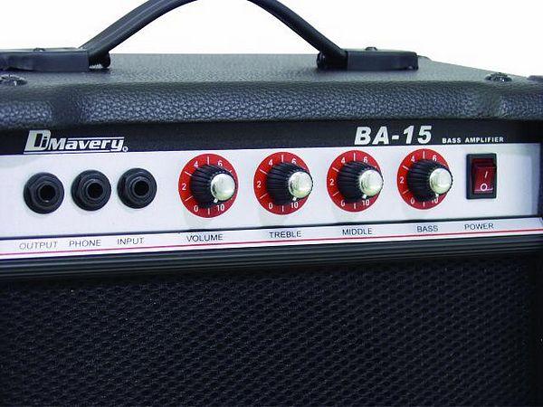 DIMAVERY BA-15 Bassovahvistin combo 15W musta, tehty kotikäyttöön. Pienikokoinen basso, kolmitie EQ:lla. Mitat 340 x 330 x 225 mm sekä paino 6,5kg.