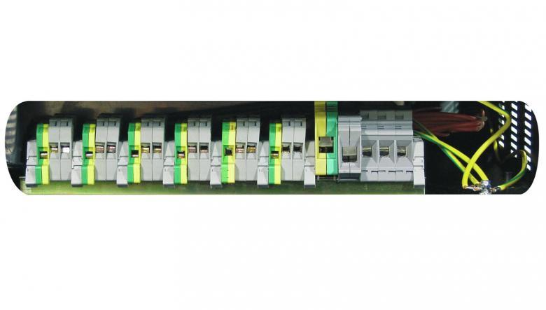 EUROLITE DPX-620 DMX Himmennin pakki, toimii 1-vaihe tai 3-vaihe. Liitettävä sähköön takana olevien liittimien kautta. Vain ammattikäyttöön. Mitat420 x 482 x 95 mm sekä paino 8,0kg.  DMX-control or analogue control, 6 channel x 4600W, Max. output 27600W, pole connectors