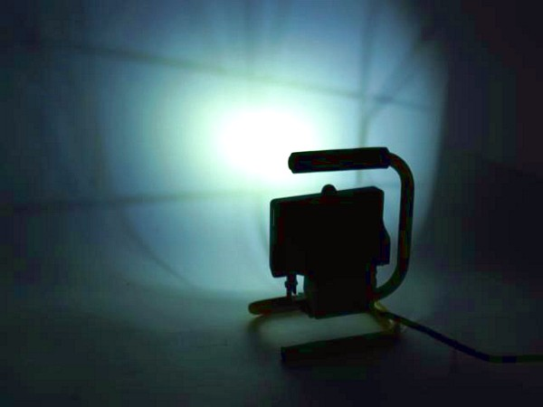 EUROLITE LED FLS-6 Pehmeä Valkoinen Värisävy, white 3200K 40° IP54 6W