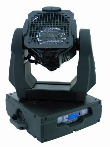FUTURELIGHT PHP-575E Moving HEAD PAR heitin. Erittäin tehokkaalle MSR 575W lampulle. Varustettu linssisarjalla, 4kpl eri aukeamiskulmalla olevia linssejä VNSP, NSP, MFL sekä WFL eli 15 astetta- 30 astetta. Mitat Length of base: 370mm  Width of yoke: 420 mm   Height (head horizontal): 490 mm  sekä paino 19,5kg.