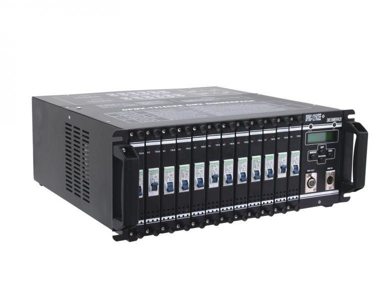 EUROLITE DPMX-1216 CEE DMX Power pakki 12x 16A eli toimii himmentimenä tai switch pakkina. Dimmer & Switch as an powerpack. 12kpl Shuko ulostuloja. Mitat 482 x 485 x 176 mm sekä paino 27kg.