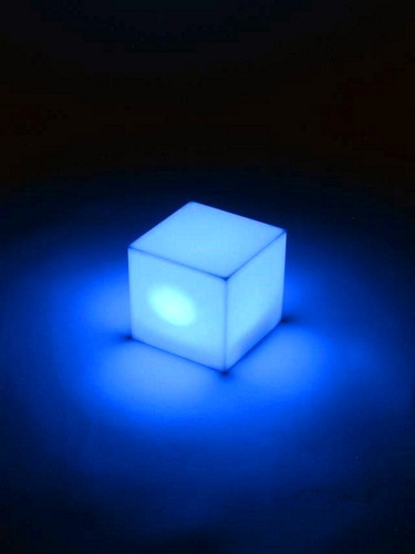 EUROLITE POISTUNUT...TUOTE...DLD-1 LED Cube 72mm x 72mm x 70mm 1x RGB LED, works with batteries, loppu