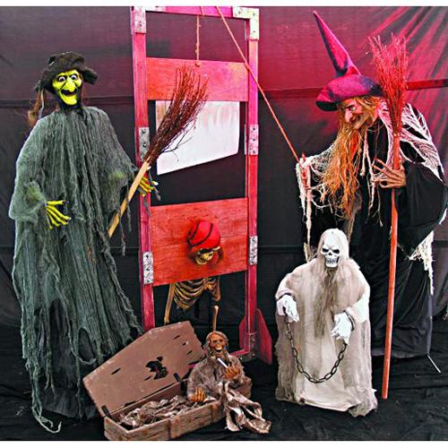 EUROPALMS Halloween hahmo ja ruumisarkku 76cm.