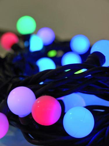 EUROLITE LED Marble Garland 3,75m 230V 25 LEDs FC, Väriä vaihtava LED valoketju, 25-lamppua, Lovely light chain creates a magical atmosphere, for indoor or outdoor use