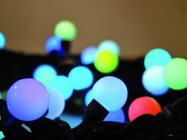 EUROLITE LED Marble Garland 3,75m 230V 25 LEDs SC, Väriä vaihtava LED valoketju, 25-lamppua, Lovely light chain creates a magical atmosphere, for indoor or outdoor use