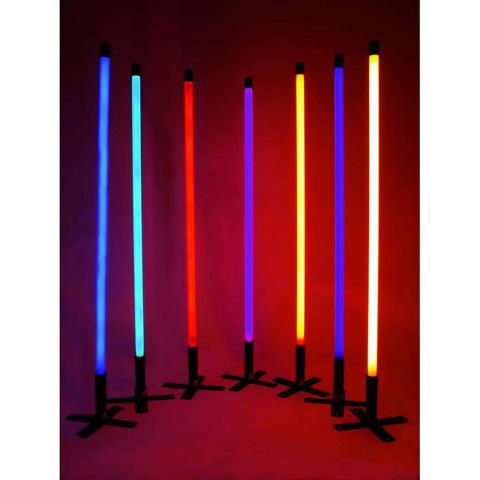 EUROLITE Neon stick T8, on tyylikäs 134 cm pitkä valoputki maitolasilla. 36W 134cm white värilämpö 6400k.