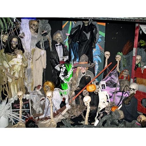 EUROPALMS Halloween Skeleton with  blinking eyes and tombstone 45 x 11 x 118cm, Halloween luuranko vilkkuvin silmin ja hautakivi