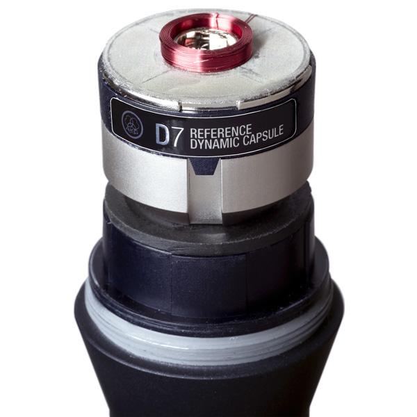 AKG D7 Huippulaatuinen dynaaminen laulumikrofoni. Soveltuu lavalle ja studioon, keikalle ja karaokeen. D7:n soundi on tarkka ja avoin koko taajuusalueella kuten kondensaattori mikrofoneilla ja lisäksi sillä on dynaamisen mikrofonin mahtava sointuvuus. Sisäänrakennettu high-pass suodatin eliminoi kaikki runkoäänet ja akustisesti muotoiltu grilli tuo turvallisuuden tunnetta keikalle. Mitat: pituus 185,2mm halkaisija: 51 mm sekä paino 340gr.