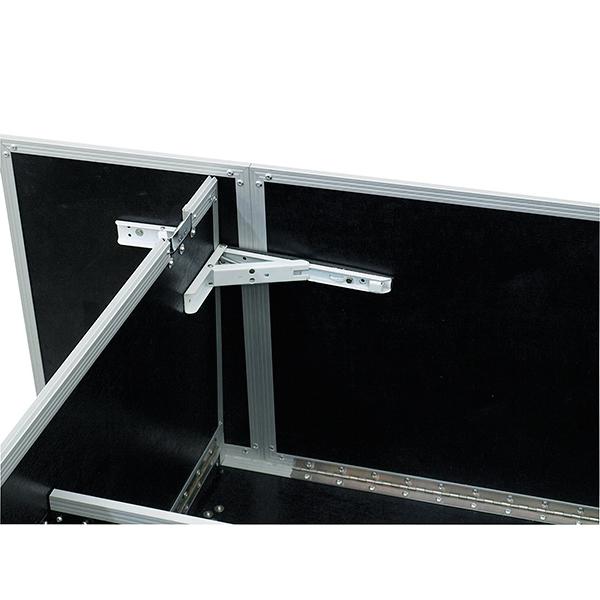 ROADINGER Helposti siirrettävä DJ-pöytä kuljetus laatikossa, pyörillä. Pieneen tilaan menevä pöytä, jossa 2kpl pyöriä alla. Kaksi tukevaa kantokahvaa. Maksimi kantavuus 50kg. DJ desk foldable 1480x 510x 930mm. Portable DJ desk.