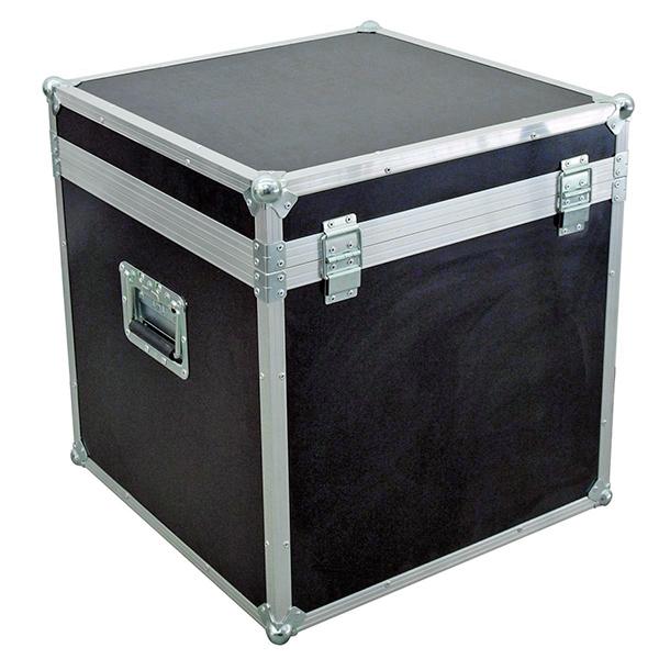 OMNITRONIC Kuljetuslaatikko neljälle pitkälle PAR-64 valoheittimelle, joissa on ripustuskoukku, eli laatikossa hiukan enemmän tilaa.