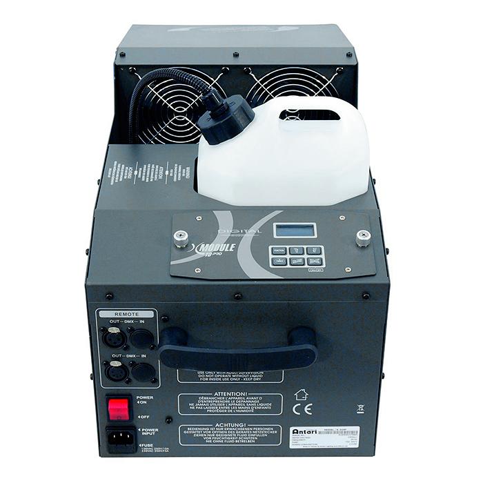 ANTARI X-310 PRO Fazer, ohjain X-10PRO, hiljainen fazer tekee lähes näkymättömän usvan, loihtien valoefektien valosäteet näkyviksi. laite toimii normaalilla savunesteellä Kulutus 100% teholla 45 minuuttia/ litra. Mitat 635 x 275 x 280 mm sekä paino 18kg.