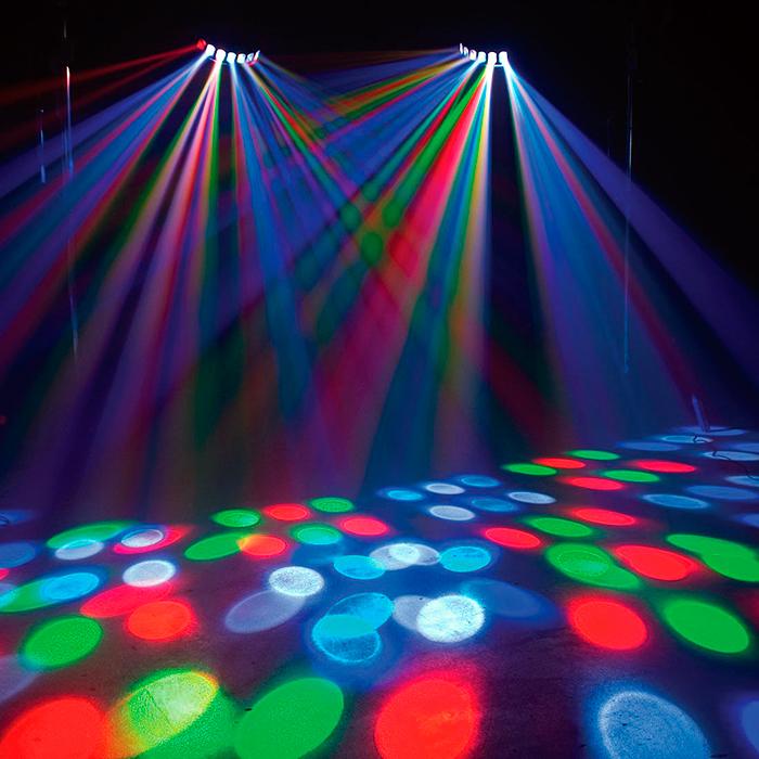 ADJ Revo Sweep LED-efekti  RGBW 84 LEDiä 116˚ laajalle leviävä valoefkti disco, dj sekä bilekäyttöön himmennettävä 0-100%, DMX, master/slave, musiikkiohjaus.