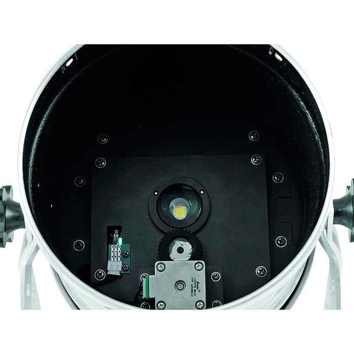EUROLITE LED PAR-64 LED-valonheitin ACL 100W LUMINUS SST-90 LEDillä 2.5°, värikiekossa 7 väriä + valkoinen, valaisinmalli pitkä alu, himmennin ja strobe-efekti DMX:n kautta, sisäänrakennetut ohjelmat, musiikkiohjaus, DMX-ohjaus tai stand-alone, master/slave. LED PAR-64 Spot silver with LUMINUS SST-90 LED.