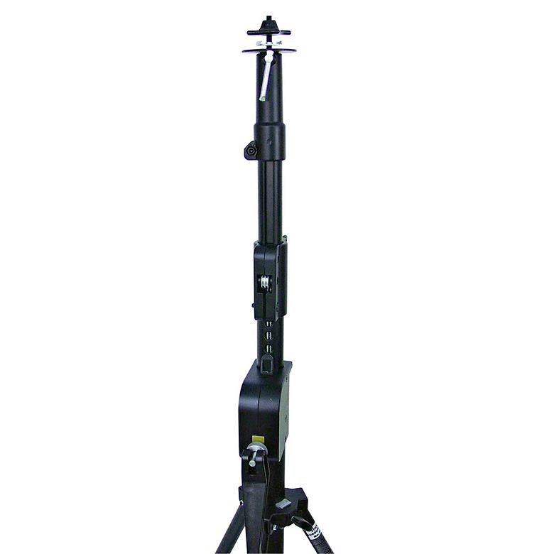 EUROLITE STW-370S Terästeline vinssillä, maximi korkeus 370cm ja min. korkeus 1,70cm, kantavuus 35kg.