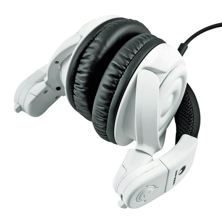 OMNITRONIC SHP-5000 DJ-kuulokkeet upeat suljetut loistavalla 53mm driverillä sekä huikealla äänentoistolla ja toistoalueella 15 - 25000Hz, 60ohmia. Kääntyvät, eli toimii DJ käytössä.  Professional top-class DJ stereo headphones.