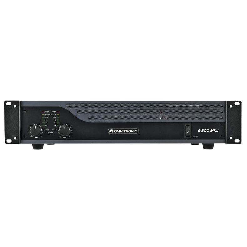OMNITRONIC E-200 MK2 päätevahvistin limitterillä, 2x 100W 4Ω, 2x 60W 8Ω, 1x 200W siltakytkennässä 8Ω. Laadukas sekä helppo kytkeä, limitteri voidaan kytkeä päälle tai pois. Voidaan käyttää stereo tai Bridge moodissa. Maakytkin huminan estoa varten. Signaali sisään XLR tai RCA sekä linkki toisille päätteille tai aktiivikaiuttimille XLR-XLR. Räkki asennettava 2U n.10cm. koko 345 x 482 x 100mm (19'' 2U), 8kg.