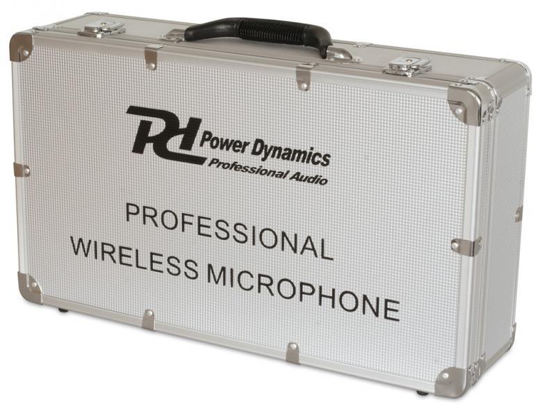 POWERDYNAMICS PD732C 2x16-kanavainen langaton mikrofoni. Combi-mikrofonijärjestelmä toimii UHF-taajuusalueella 863-865MHz (luvasta vapaa taajuusalue). Sisältää monikanavaisen vastaanottimen, käsilähettimen (mikrofonin), bodypack-taskulähettimen ja headset-mikrofonin, sekä alumiinisen kuljetuslaukun. Mikrofonijärjestelmä soveltuu tiskijukille, juontajille, puhujille, laulajille, kuin myös karaoke- ja sport-käyttöön.