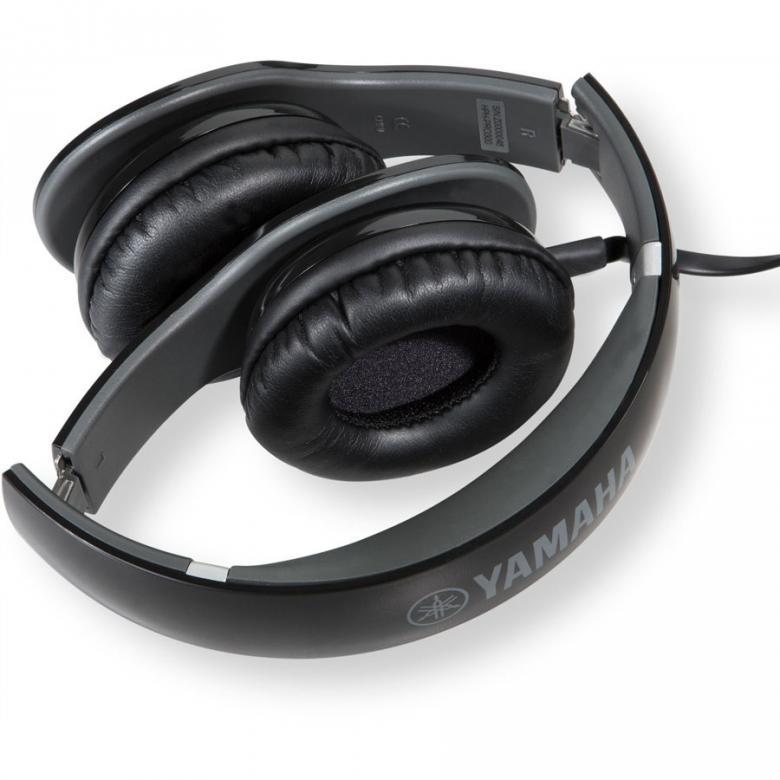 YAMAHA HPH-PRO300 kuulokkeet kätkevät sisäänsä dynaamiset neodyymimagneeteilla varustetut 40mm:n elementit ja korvien päällä pidettävät korvakupit muodostavat tiiviin kaikupohjan ja pehmeät korvatyynyt tuntuvat miellyttävältä iholla. Nämä kuulokkeet herättävät mielimusiikkisi henkiin ja voit nauttia studiolaatuisesta äänikokemuksesta missä ikinä kuljetkin. 53 ohmia, 107dB, 20Hz-20kHz, 200g, iPhone-yhteensopiva, väri musta ja pehmeä kantolaukku!