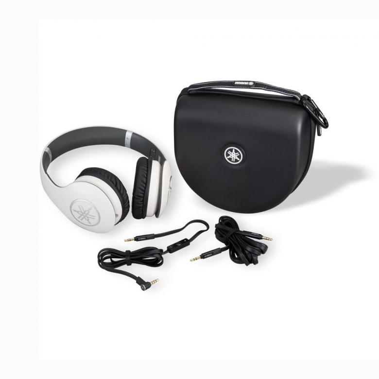 YAMAHA HPH-PRO400 kuulokkeet kätkevät sisäänsä dynaamiset neodyymimagneeteilla varustetut 50mm:n elementit ja korvien päällä pidettävät korvakupit muodostavat tiiviin kaikupohjan ja pehmeät korvatyynyt tuntuvat miellyttävältä iholla. Nämä kuulokkeet herättävät mielimusiikkisi henkiin ja voit nauttia studiolaatuisesta äänikokemuksesta missä ikinä kuljetkin. Ne eivät pelkästään tuota ääntä korvillesi vaan ne kykenevät luomaan aidon studiovaikutelman tai konserttimaisen tunteen, jossa suosikkiartistisi esiintyy vain ja ainoastaan sinulle.  23 ohmia, 106dB, 20Hz-20kHz, 289g, iPhone-yhteensopiva, väri valkoinen ja kovapintainen suojakotelo