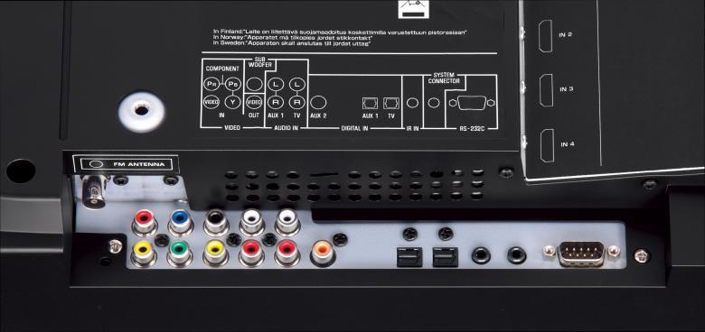 YAMAHA YSP-5100 Digitaalinen ääniprojektori tuottaa aidon 7.1 äänimaailman, 40x 2W (beam) + 2x 20W (bas+diskant), HDMI 4in/1out, HD-ääni dekooderit, radio, Intellibeam****REFERENSSI tuote, RS-232. Yamahan monipuolisin digitaalinen ääniprojektori tuottaa aidon ( EI virtuaalisen ) Surround äänikentän. Ääniprojektori tuottaa tarkasti kontrolloiduilla äänikeiloilla, jotka heijastuvat seinistä oikea aikaisesti haluttuun kuuntelukohtaan, vastaavan äänikentän joka saavutetaan seitsemällä tilaan sijoitetulla kaiuttimella. Käyttöönotto erittäin helppoa mukana tulevalla IntelliBeam äänikenttämikrofonilla.