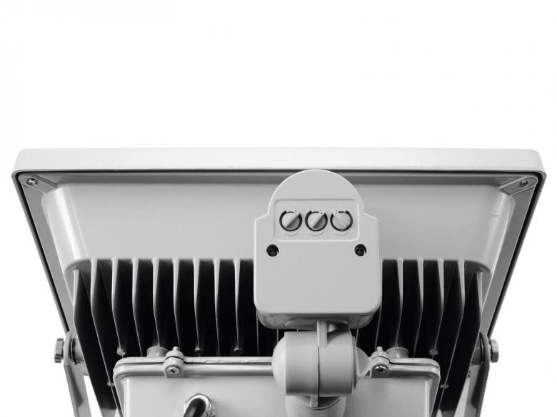 EUROLITE LED FL-50 MD IP44 LED-ulkovalaisin 50W COB LED liiketunnistimella, valon värilämpötila 6400K (kylmä valkoinen), valokeilan aukeamiskulma 120°. Tehokas ja tyylikäs ulkovalaisin sopii myös sisäkäyttöön. Mitat 140 x 284 x 314mm ja paino 3kg