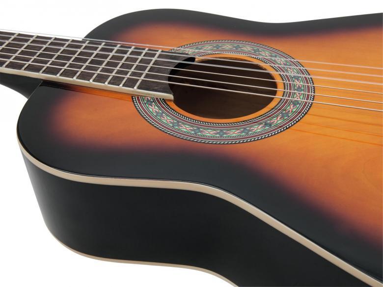 DIMAVERY AC-303 Lasten kitara sunburst 85cm 1/2koko. Klassinen akustinen kitara 1/2 koko 85cm, nylonkielet. Laadukas lapsille sopiva kitara. Runko agathista, kaula vaahteraa, otelauta vaneria 19 nauhaa, kansi agathista, talla vaahteraa.