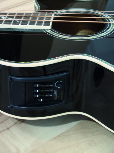 DIMAVERY AB-400 Acoustic Bass w.EQ,black, akustinen basso EQ:lla, musta