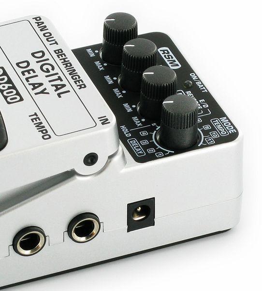 BEHRINGER DIGITAL DELAY DD600, Digital Stereo Delay/Echo Effects Pedal
