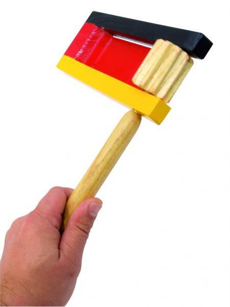 DIMAVERY Räikkä Saksan väreillä musta, punainen sekä keltainen.