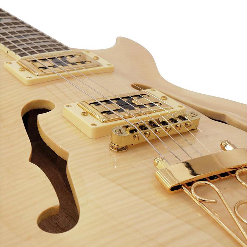 DIMAVERY LP-600 Sähkökitara Les Paul mallinen. Todella tyylikäs premium kitara. Väri vaahtera, kaula vaahtera, otelauta ruusupuuta, 22 nauhaa. Laadukas lakkapinta, metalliosat kullanvärisiä.