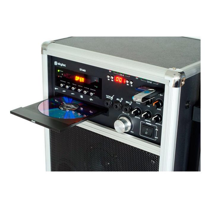 SKYTEC ST-140 Siirrettävä aktiivikaiutinjärjestelmä on akkukäyttöinen, DVD/USB/SD/UHF. Totaalisen langaton järjestelmä. Akkukäyttöinen DVD/CD/MP3-soittimella varustettu siirrettävä setti. 8