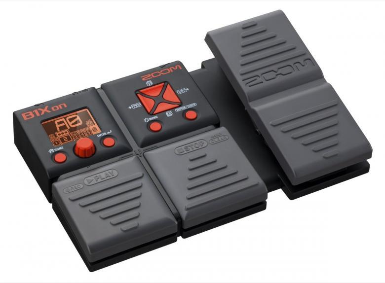 ZOOM B1Xon basso-moniefektilaite 80 bassoefektiä, 30 sekunnin loop, 100 muistipaikkaa, Integroitu rumpukone, integroitu viritin, USB-liitäntä