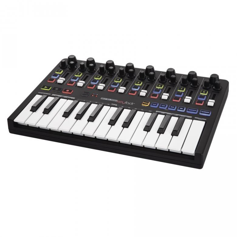 RELOOP KEYFADR MIDI DAW-ohjain kontrolleri. RELOOP STUDIO KEYFADR yhdistää useita hyödyllisiä kontrolli-ominaisuuksia nyky-aikaisesta musiikin tuotannosta samaan tiiviiseen ja monipuoliseen DAW-ohjaimeen. Keyfadr on suunnattu etenkin musiikin tuottajille ja esiintyjille jotka käyttävät Abletonia.  Täysin uusi