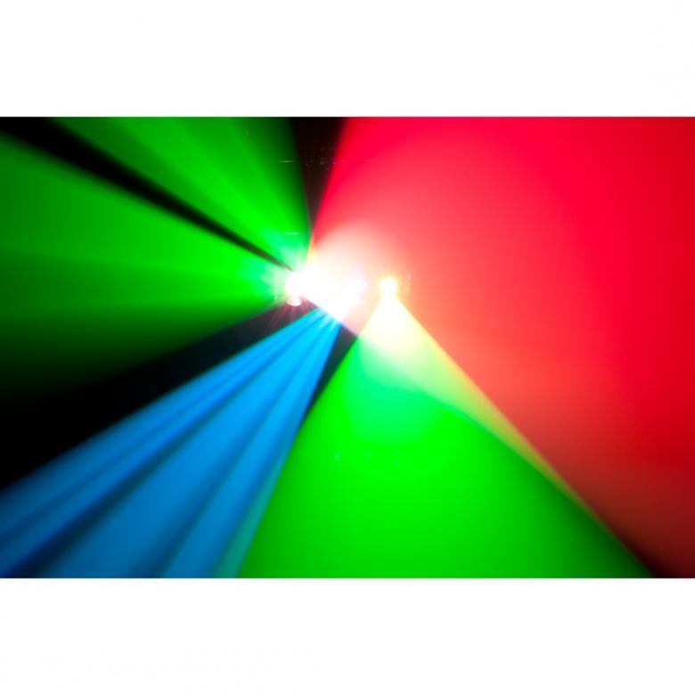 """ADJ Quad Scan PRO Led scanneri 4x10W on nyt Nyt entistä kirkkaampana! ADJ:n Quad Scan Pro on suunniteltu skannaamaan huone ja hämmästyttämään yleisö neljällä erittäin kirkkaalla 10W RGB LEDillään. Tämä laite tarjoaa kaikki modernit ominaisuudet joita ammattilaiset tämän kaltaisista valoista hakevat: DMX-512 ohjelmointiin ja linkitykseen, 4x 10-watin 4-in-1 RGBW """"Neliväri"""" LEDiä - tuottaa suuren määrän värejä. Mitat (PxLxK): 438 x 356 x 133mm Paino: 7.5 kg"""
