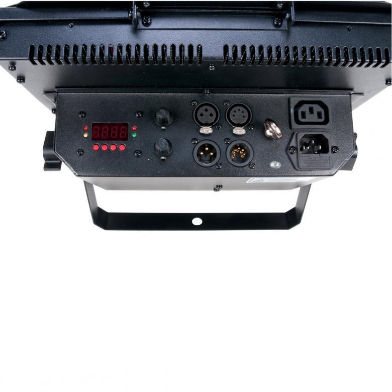 ELATION TVL 2000 II televisioon ja kuvaukseen tehokkaita kylmän ja lämpimän valkoisia ledejä. DMX ohjattava ammattiflood.  Tv ja kuvauskäyttöön sopiva, sisältää barndoors. kylmiä sekä lämpimiä LEDJÄ miksattuna keskenään 450+ 450kpl. Mitat: 371x328x110mm sekä Paino: 6.2 kgs.