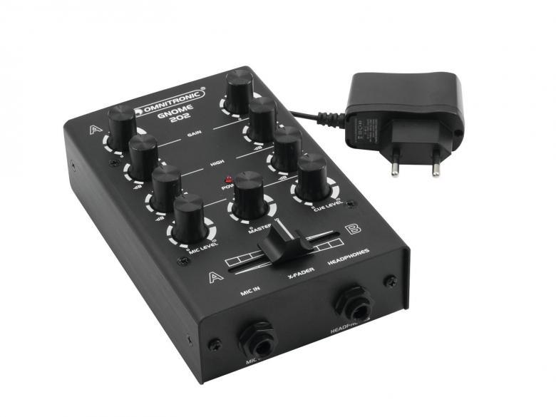 OMNITRONIC GNOME-202 Mini mikseri musta 2x RCA-stereo sisään, 2x RCA-stereo ulos, crossfader, kanavakohtainen gain ja EQ, mikki- ja kuulokeliitännät. Kaikki pienessä ja kompaktissa paketissa jolla painoa kokonaista 500g sekä mitat vain 165 x 100 x 60 mm.