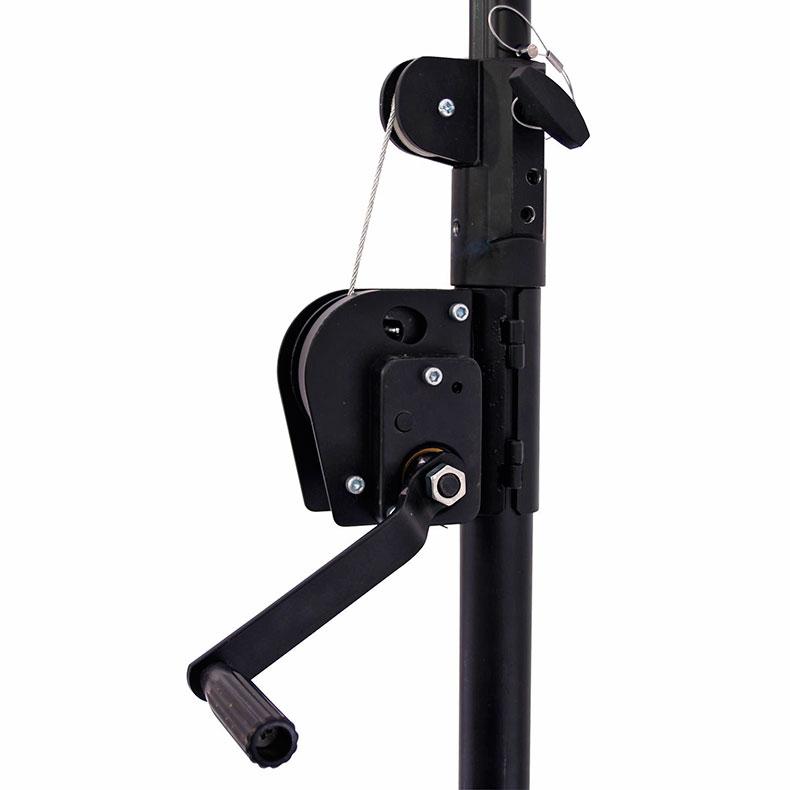 EUROLITE STC-300 valoteline vinssillä, max. korkeus 2,40m, max. kuorma 35kg. Lighting stand. High-quality winch-stand
