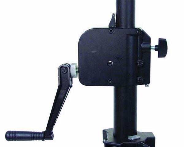 EUROLITE STW-200A winch-drivenstand 200cm. Alumiininen teline. Kantavuus 35 kg.