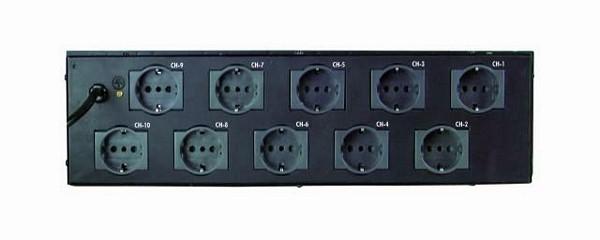 EUROLITE Board 10ST katkaisinpaneeli 10kpl kytkintä. Laadukas katkaisinpaneeli valoille tai muille laitteille, kun haluat kytkeä päälle ja pois. Omat sulakkeet joka katkaisimessa 10kpl. Mitat 135 x 485 x 135 mm sekä paino 3.3kg.