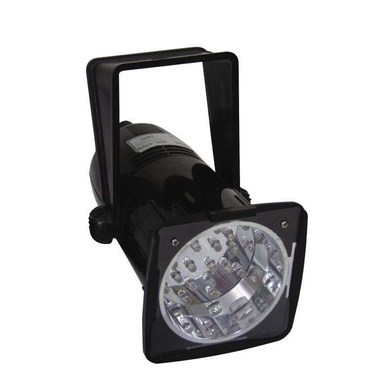 EUROLITE LED-strobo musiikkiohjauksella pitkäikäiset, valkoiset LEDit. LED strobe-spot white LEDs. Voit säätää nopeutta, Välkkyminen musiikin mukaan. Sisäänrakennettu mikrofoni ohjausta varten. Mitat 130 x 120 x 180 mm sekä paino 0,5kg.
