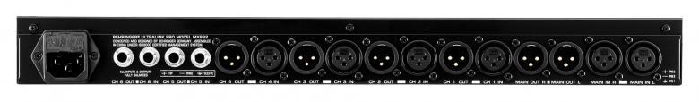 BEHRINGER Ultralink Pro MX882 Ultrajoustava 8-kanavainen splitteri/mikseri. Ultralink Pron avulla voit jakaa stereosignaalin useisiin lähtöihin tai vaihtoehtoisesti summata useiden tulojen signaalit yhteen stereolähtöön. Sillä voit myös tasata eri signaalien väliset tasoerot. Audio jakaja, signaalin jako audiolla.
