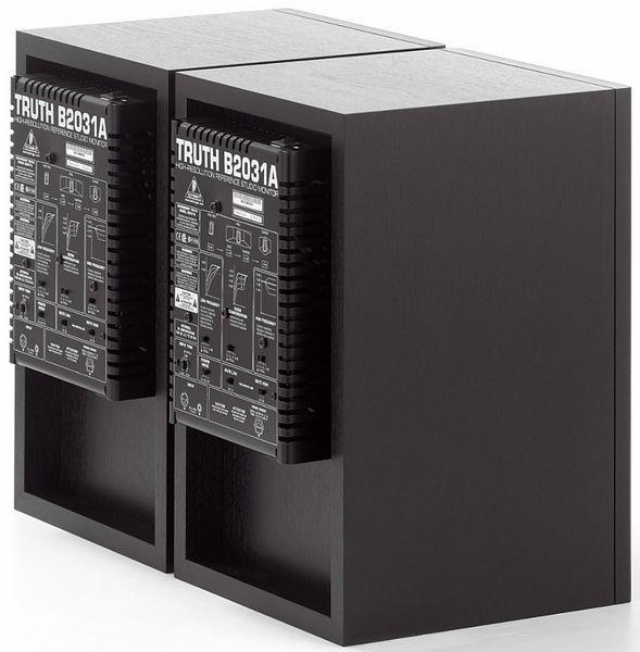 BEHRINGER TRUTH B2031A Aktiivinen lähikenttä monitori pari 2kpl.Aktiivinen kaksitiemonitori • Sisäiset 160/80 W päätteet • 1