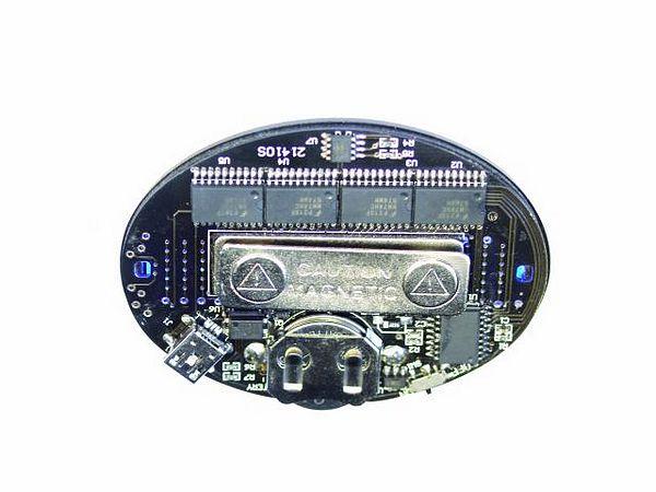 EUROLITE LED Badge red 128 letters. LED rintanappi, voidaan syöttää 128 kirjainta.